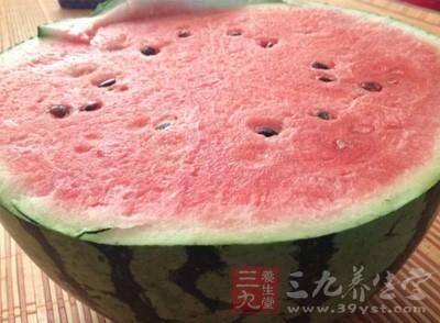 夏季饮品 瘦身鲜榨果汁
