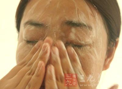 中医教你干燥秋季如何成为水美人