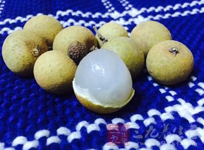 桂圆含有多种糖质以及丰富的蛋白质和各种维生素