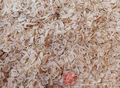 红通通的虾米,往往被误认为是质量好的