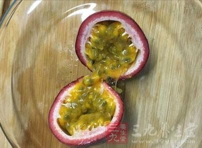 人们可以食用到大洋彼岸的水果,例如,百香果