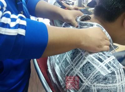 旋摩肩周法