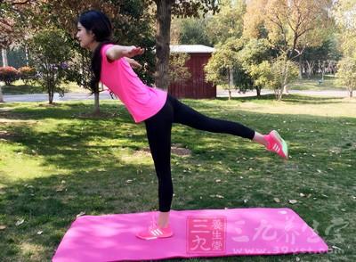 3个瑜伽动作让你告别大象腿