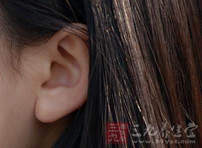外耳道是一自外耳道口至鼓膜的弯曲管道