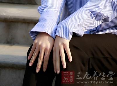 學會這招輕松護出細嫩雙手 女人一定要知道