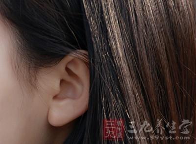 突发性耳鸣的治疗方法 治疗耳鸣的小妙招