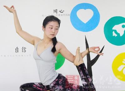 体式以柔韧伸展平衡为主
