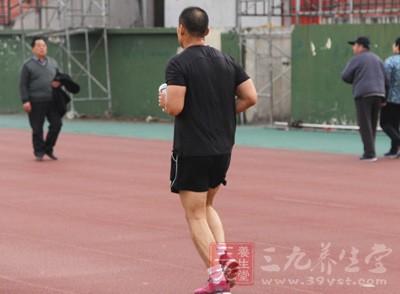 跑步的注意事项 长期坚持跑步的好处
