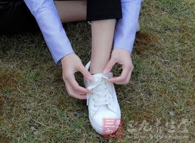 脚有什么特征的人寿命比常人短呢