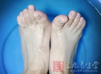 男女脚趾长短竟会暴露这一事