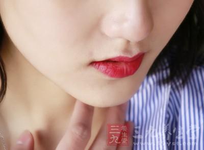 如何从唇色看健康 中医如何调理双唇