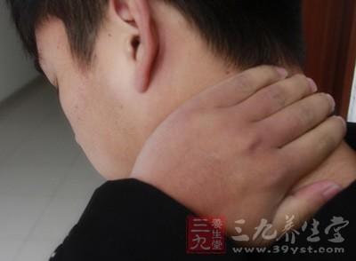 落枕本身是自限性的,一旦产生就会限制患者的颈部活动范围从而加快自愈