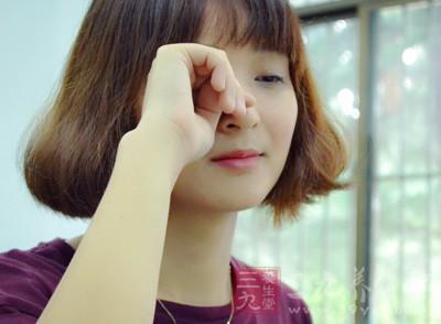 4种简单小方法消除眼疲劳