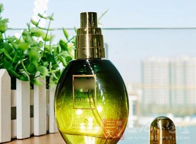 橄榄油怎么美容 巧用橄榄油护肤效果赞