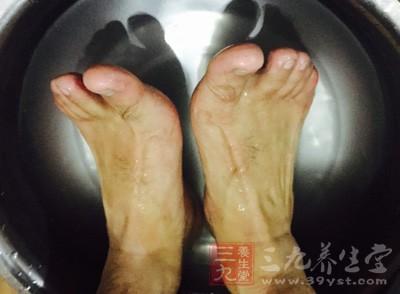 那么花椒水泡脚真的好吗?真的抗衰还防白发吗
