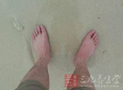 脚上长水泡怎么办 脚上长泡就该这样做(2) - 民