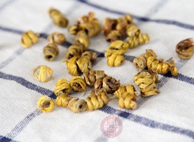 铁皮石斛具有补五脏、厚肠胃、强阴益精的功能