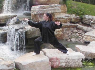 武術怎么練筋 如何抻筋耗腿練武術
