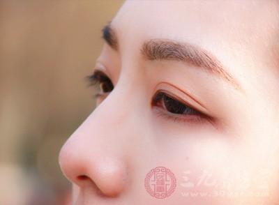 眼皮跳怎么回事 眼皮跳是某种疾病的前兆