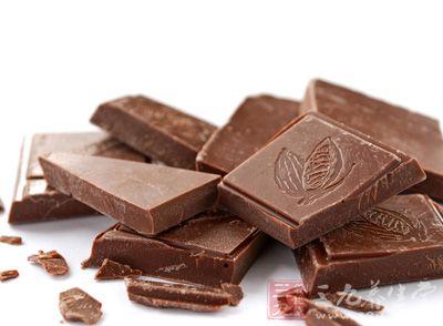 产妇在临产前适当食用巧克力,对母婴均有益处