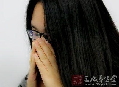 空腹时,胃气上扬,不仅会导致严重的口臭,同时对健康也很不利
