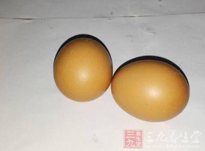 金针菇150g,鸡蛋140g