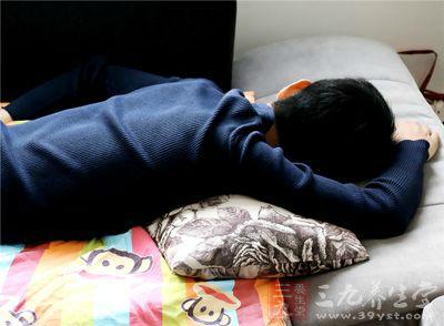 睡眠要规律、运动要适度